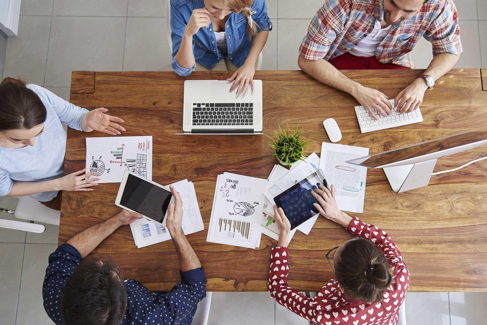ACP X-tech Anforderungen an den Digitalen Arbeitsplatz Smart Workplace Modern Workplace